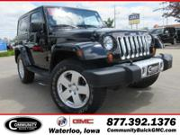 This+used+2011+Jeep+Wrangler+in+Waterloo%2C+IA+allows+y