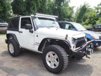 NICE JEEP! CUSTOM BUMPER WITH A WINCH! CLEAN CARFAX! 6