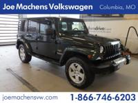 Wrangler Unlimited Sahara, 3.8L V6 SMPI, 6-Speed