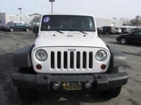 divCARFAX 1-Owner, ONLY 34,777 Miles! Sport trim,