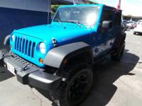 Come see this 2011 Jeep Wrangler Unlimited Rubicon. Its
