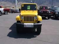 Exterior Color: detonator yellow, Body: SUV, Fuel: