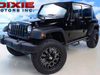 SEE MORE PICTURES BELOW TAKE A LOOK AT THIS 2011 JEEP