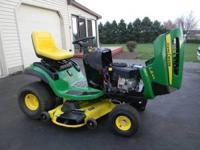 John Deere Lawn Tractor - LA-145 100 Series 22-HP 48'