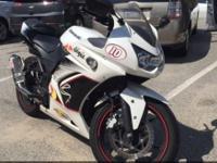 2011 Kawasaki Ninja 250R -Clean title -Registered