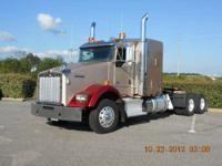 "2011 Kenworth T800 2011 T800 with 62"" aerocab flat top"