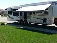 2011 Keystone Alpine 3500RE Fifth Wheel For Sale in
