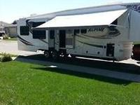 This is a beautiful 2011 Keystone Alpine 3500RE 5th