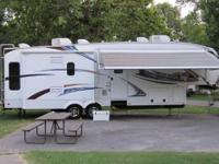 Triple Slide Avalanche FW 34 2 by Keystone RV w/Rear