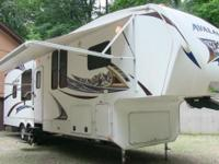 2011 Keystone Avalanche 320RK fifth wheel, fully