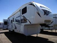 This is a rare 2 bathroom 2 bedroom coach!! Perfect for