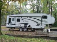 Cougar High Country 5th Wheel with POLAR PACKAGE