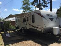 Keystone Hornet 2011 excellent condition, sleeps 9,