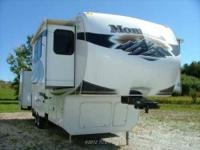2011 Keystone Montana 3750FL 5th Wheel Garage Kept 2011