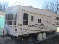 2011 Keystone Outback 5th Wheel This 29 foot RV comes