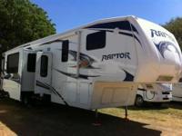 2011 Keystone Raptor Toy hauler M3912 - 2 BATHROOMS,