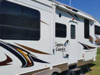 2011 Keystone Copper Canyon Fifth Wheel. Like new