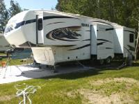 2011 Keystone Montana 3400RL Hickory Edition. This 38ft