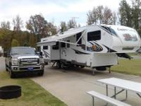 This Is A 31' 2011 5Th Wheel Camper. It's Has 2 Rear