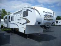 2007 Keystone Hornet 28 Fifth Wheel Sleeps 8 With Bunks