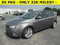 Exterior Color: gray, Body: Hatchback, Engine: I4