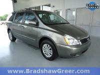 7-Passenger Seating, AM/FM/CD Audio System, ONE-OWNER,