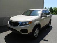 2011 Kia Sorento 4X4! This one's got it all!! V6