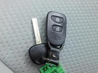 2011 Kia Sorento LX *MANUAL 6-Speed Transmission*,