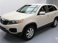 This awesome 2011 Kia Sorento comes loaded with the