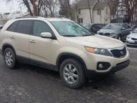 New Price! LOW MILES, SPACIOUS, CLEAN CARFAX, 3RD ROW -