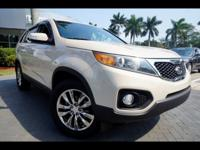 Body Style: SUV Engine: Exterior Color: White Sand