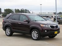 Clean CARFAX. 2011 Kia Sorento EX FWD 6-Speed Automatic