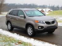 Very nice 2011 Kia Sorento LX 4x4 with full power