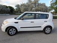 THIS ONE OWNER 2011 KIA SOUL IS VERY CLEAN and FULLY