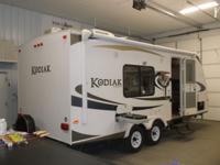 Year: 2011 Make: Kodiak by Dutchmen Model: 200QB