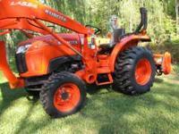 2011 Kubota L3200 tractor with LA524 Kubota loader, HST