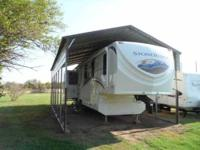 2011 KZ Stone Ridge 5th Wheel Excellent condition,
