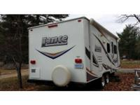 2011 Lance Travel Trailer Model 1985, large dinette