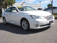 CARFAX 1-Owner. ES 350 trim. Sunroof, Leather Seats,