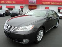 Body Style: Sedan Engine: 6 Cyl. Exterior Color: Gray