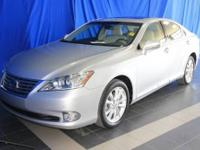 LOW MILES - 29,620! ES 350 trim. Leather, Moonroof,