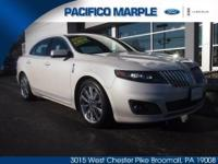 1.9% APR FINANCING AVAILABLE ON THIS LINCOLN CERTIFIED