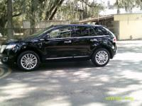 Options:  2011 Lincoln Mkx  Premium Package!!  All