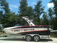Description 2011 MALIBU WAKESETTER VLX COLORS: White