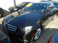 Options:  2011 Mercedes C-Class C 300 Luxury|Sculpted
