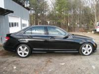 This C300 is loaded up with features including : 3.0