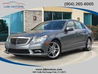 *2011 Mercedes-Benz E350 Sedan* 1-Owner, Clean CarFax!