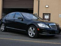 This 2011 Mercedes-Benz S-Class 4dr 4dr Sdn S550 4MATIC