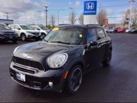 2011 MINI COOPER COUNTRYMAN BASE Our Location is: Honda