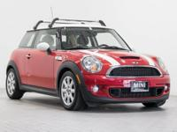 MINI of Hawaii proudly offers this beautiful 2011 MINI